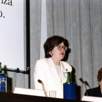 Wald_adressing-intl-women-judges-1994.jpg
